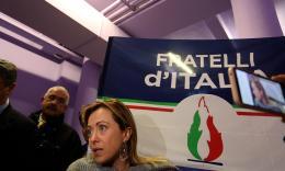 """Giorgia Meloni a Macerata: """"Scoprire la propria unicità e non aderire a modelli deviati"""" (FOTO)"""