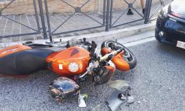 Mogliano, incidente a un incrocio: motociclista al pronto soccorso (FOTO)