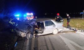 Pollenza, violento incidente tra due auto: donna muore dopo il trasporto in ospedale (FOTO e VIDEO)