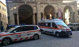 Macerata, accusa un malore all'università: donna trasportata al pronto soccorso