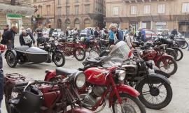 Moto d'epoca, un grande successo la rievocazione storica del circuito Chienti e Potenza (Foto)