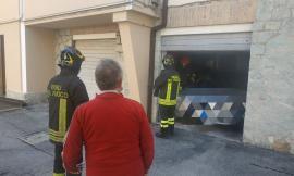 Macerata, odore nauseante in un condominio di via Palmarini: i vigili del fuoco scoprono l'origine