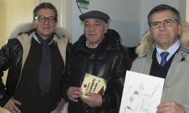 Confesercenti Ferrara a Sant'Angelo in Pontano per donare una lavagna interattiva