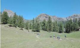 Parco dei Sibillini, la Società Alpinistica Tridentina al lavoro sui sentieri escursionistici aperti dopo il sisma