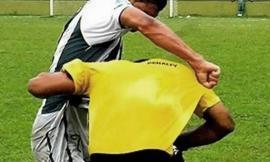 Sforzacosta, insulti razzisti all'arbitro italiano: tre anni di squalifica a un calciatore africano