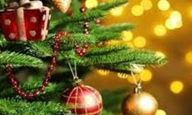 """Addobbi e mercatini in piazza a Sant'Angelo in Pontano: arriva il """"Villaggio di Natale"""""""