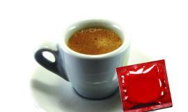 Condom Café 2017: nella giornata mondiale per la lotta all'Aids nei 60 bar aderenti con il caffè in omaggio un preservativo