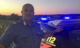 Emozione per il saluto dei colleghi al brigadiere Domenico Iori dopo l'ultimo servizio prima del congedo - VIDEO