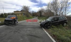 Frontale a Penna San Giovanni: muore ex assicuratore