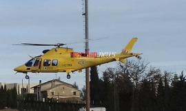 Cade rovinosamente dalle scale: bimba di 4 anni trasportata in elicottero al Salesi