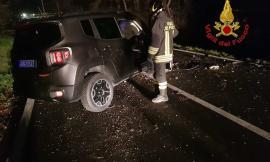 Frontale lungo la strada fra Montecassiano e Montefano: due feriti, uno in gravi condizioni