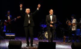 Pollenza, tripudio di applausi per il Lopez&Solenghi Show