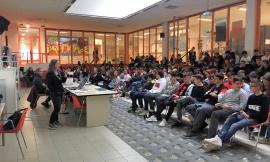 Costituzione della Repubblica Italiana in dono agli studenti del Bramante