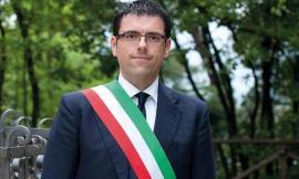 """Caso vaccini a Recanati. Il sindaco: """"Rispettata la legge"""""""