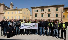 Motobenedizione dei centauri del Bmw Motorrad Club Elica Picena in piazza del Popolo