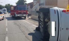 Vallecascia, scontro tra auto: due feriti