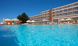 Danno da vacanza rovinata: struttura alberghiera carente: addio relax! Gli organizzatori devono risarcire