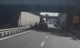 Incidente all'altezza di Corridonia, traffico temporaneamente bloccato sulla superstrada