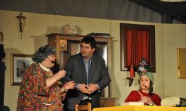 """La compagnia teatrale Terra dei Fioretti presenta la commedia: """"Nel paese della bugia, la verità è una malattia"""""""
