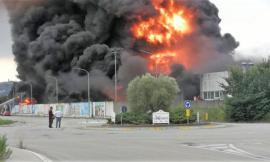 """Incendio alla Orim, Comitato Spontaneo di Macerata: """"Liberi cittadini che vogliono solo la verità"""""""