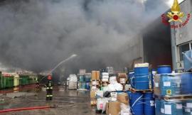 """Incendio Orim, Asur: """"Le analisi sull'aria non destano preoccupazione"""""""