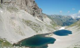 Tragedia al lago di Pilato: 55enne muore dopo essere precipitato per 60 metri