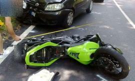 Fiuminata, scontro tra auto e moto: grave un centauro