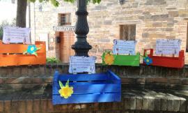 Belforte del Chienti riparte dalla cultura:  cassette colorate per donare un libro alla biblioteca