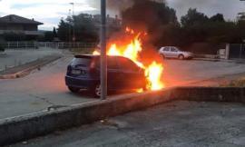 Auto a fuoco a Ferragosto a Colbuccaro, individuato il responsabile: è l'ex della proprietaria