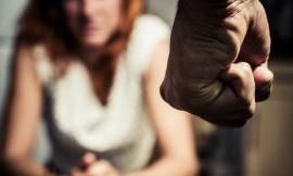 """Stop alla violenza contro le donne: reato di Stalking tra inasprimenti di pena e """"Codice Rosso"""""""