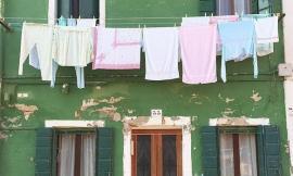 Civitanova: caccia al ladro delle felpe lasciate ad asciugare