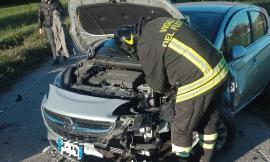 San Ginesio, scontro fra auto: due feriti