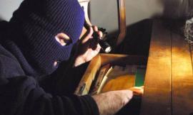 Ladri in casa a Corridonia e a Monte San Giusto