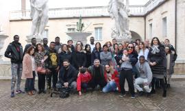 """""""Mani che parlano"""", ai Musei Civici di Macerata l'arte diventa integrazione"""