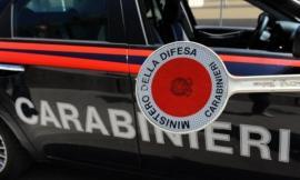 Montecosaro, sorpresi in auto con la droga da spacciare: denunciati due uomini