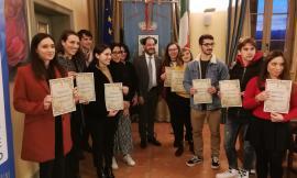 Appignano: premiati gli studenti meritevoli con 11 borse di studio