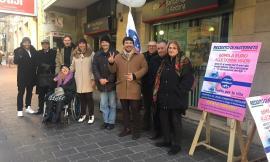Macerata, raccolta firme per il reddito di maternità da parte del Popolo della Famiglia