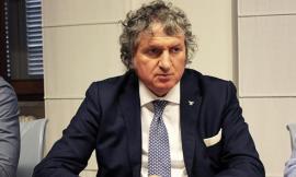 """Pezzanesi contro Bisonni: """"Passi dai selfie e le critiche al supporto concreto"""""""