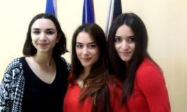 Tre ragazze del liceo linguistico di Recanati tra le 30 migliori d'Italia in spagnolo, inglese e tedesco