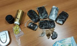 Urbisaglia, nascondevano la droga nelle bombolette dei deodoranti: arrestata una coppia (FOTO)