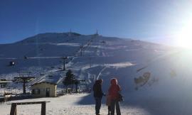 Altra bella giornata di sci a Sarnano: domani l'apertura della seggiovia biposto