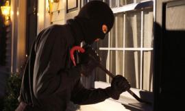 Civitanova, raid dei ladri in un'abitazione: paura per una donna
