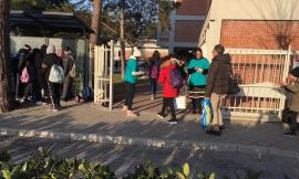 """Tolentino, """"Mondo Libero dalla Droga"""" alla scuola Media Lucatelli: consegnati centinaia di opuscoli"""