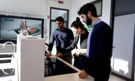 A Montecassiano l'azienda leader nel settore dei lavelli da cucina in quarzo e granito: la storia della Plados (FOTO)