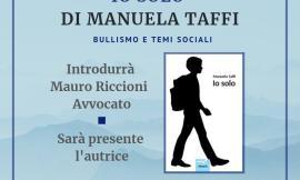 """Manuela Taffi presenta il libro """"Io Solo"""" a Muccia e San Severino Marche: ecco quando"""