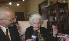 Il tg di Mediaset a Fiastra per gli auguri di nonna Peppina (FOTO)