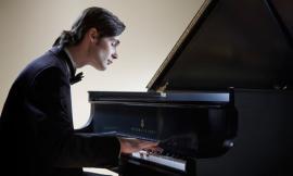 Recanati, Serate Musicali: ultima data con il pianista russo Evgeni Starodubtsev