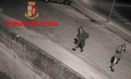 Scritto offensive sulle mura della Questure di Ancona: denunciato anche un 22enne maceratese