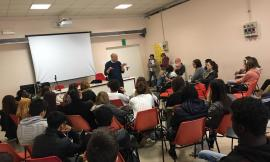 """Corridonia, incontro con il narratore Simone Maretti per gli studenti dell'Ipsia """"Corridoni"""""""