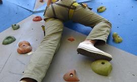 """Recanati, sabato 1 giugno, torna l'assalto ai Torrioni con la seconda """"arrampicata"""" organizzata dall'Associazione Whats Art"""